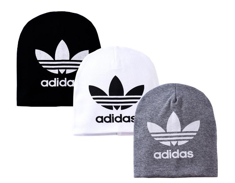 Шапочка Adidas, цвет белый .