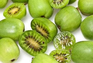 Плоды мини-киви Актинидии
