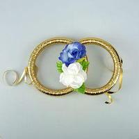 Кольца на радиатор авто с цветами,бело-синие