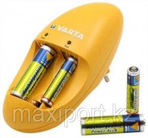 Зарядное устройство Varta на 4 аккумулятора, фото 2