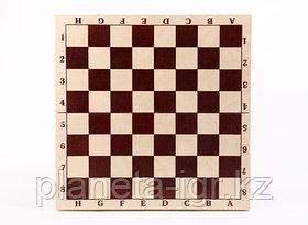 Шахматы гроссмейстерские лакированные в комплекте с доской.