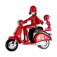 Леди Баг на скутере 39880