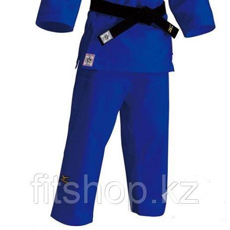 Кимоно для занятий дзюдо Mizuno полупрофессиональное
