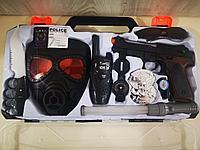 Игровой набор полицеского с пистолетом.