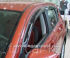 Дефлекторы боковых окон EGR 4 части темные Nissan Qashqai 2007-