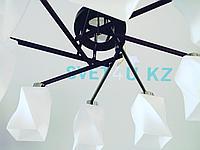 Чёрная железная люстра со стеклянными плафонами, фото 1