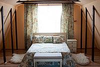 Покрывало и подушки из натуральной ткани