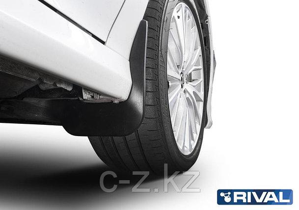 Комплект передних брызговиков, RIVAL, Toyota Camry XV70 2018-, фото 2
