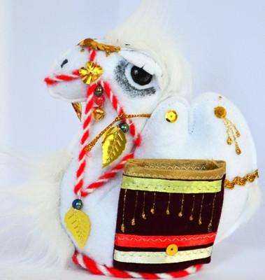 "Сувенир ""Верблюжонок с коржунами"""