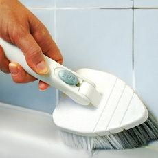 Щетки и скребки для уборки