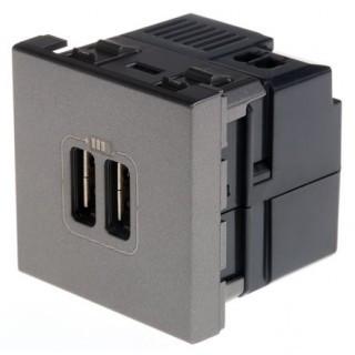 Legrand  Розетка 2-ая USB 2400 mA квадрат Magnesium ( USB зарядка Mosaic встраиваемая )
