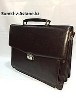 Деловой портфель из искусственной кожи.Высота 30 см, длина 38 см, ширина 9 см., фото 1