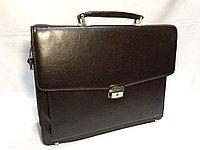 Деловой мужской портфель из искусственной кожи. Высота 30 см, ширина 38 см, глубина  9 см., фото 1