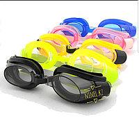 Очки, шапочки, обувь, плавки для бассейна