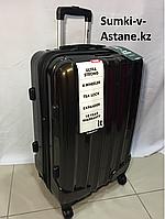 Средний пластиковый дорожный на 4-х колесах IT Luggage.Высота 67 см, длина 42 см, ширина 27 см., фото 1