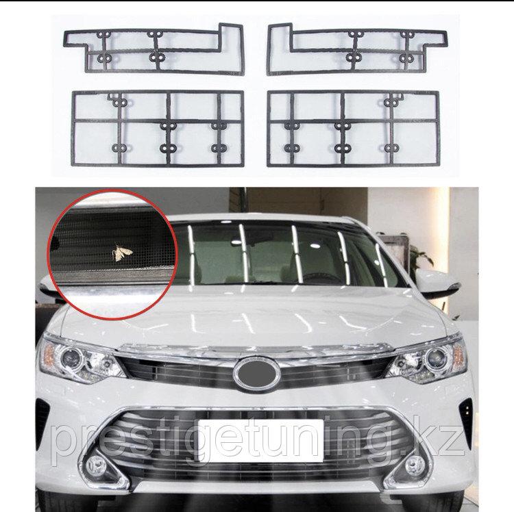 Защитная маскитная сетка под решетку на Camry 55 2014-17