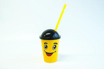 """Стакан пластиковый с крышкой и трубочкой """"Emoji"""" 300мл"""