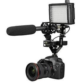 V-образное крепление для аксессуаров на фотоаппараты и видеокамеры