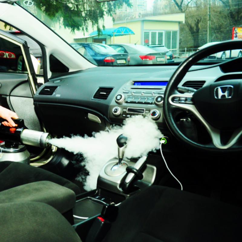 Удаление запаха в машине