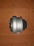 Подушка двигателя на мерседес E124, фото 4