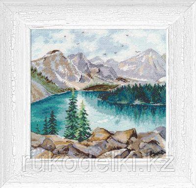 """Набор для вышивания крестом """"Озеро Морейн"""""""