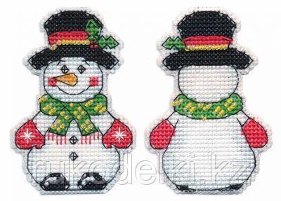 """Набор для вышивания крестом """"Ёлочная игрушка.Снеговик"""""""