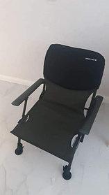 Удобный стул с неопреновой спинкой уехал в город Нур-Султан.