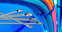 Хомуты стальные и хомуты стальные с полимерным покрытием IEK - надежная фиксация проводов и кабелей
