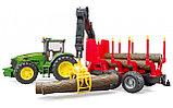 Трактор John Deere c прицепом с манипулятором и 4 брёвнами Артикул №03-054, фото 3