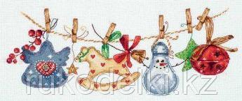 """Набор для вышивания крестом """"Праздничная гирлянда"""""""