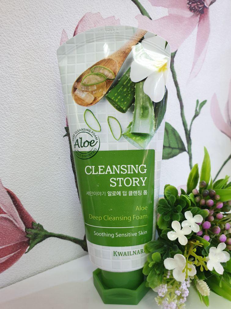 Пенка для умывания с экстрактом алоэ Welcos Cleansing Story Foam Aloe 120ml.