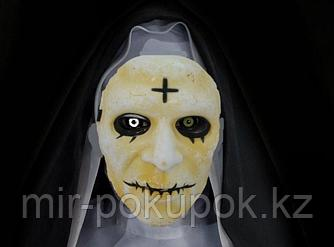 "Маска ""Монахини"" на Хэллоуин"