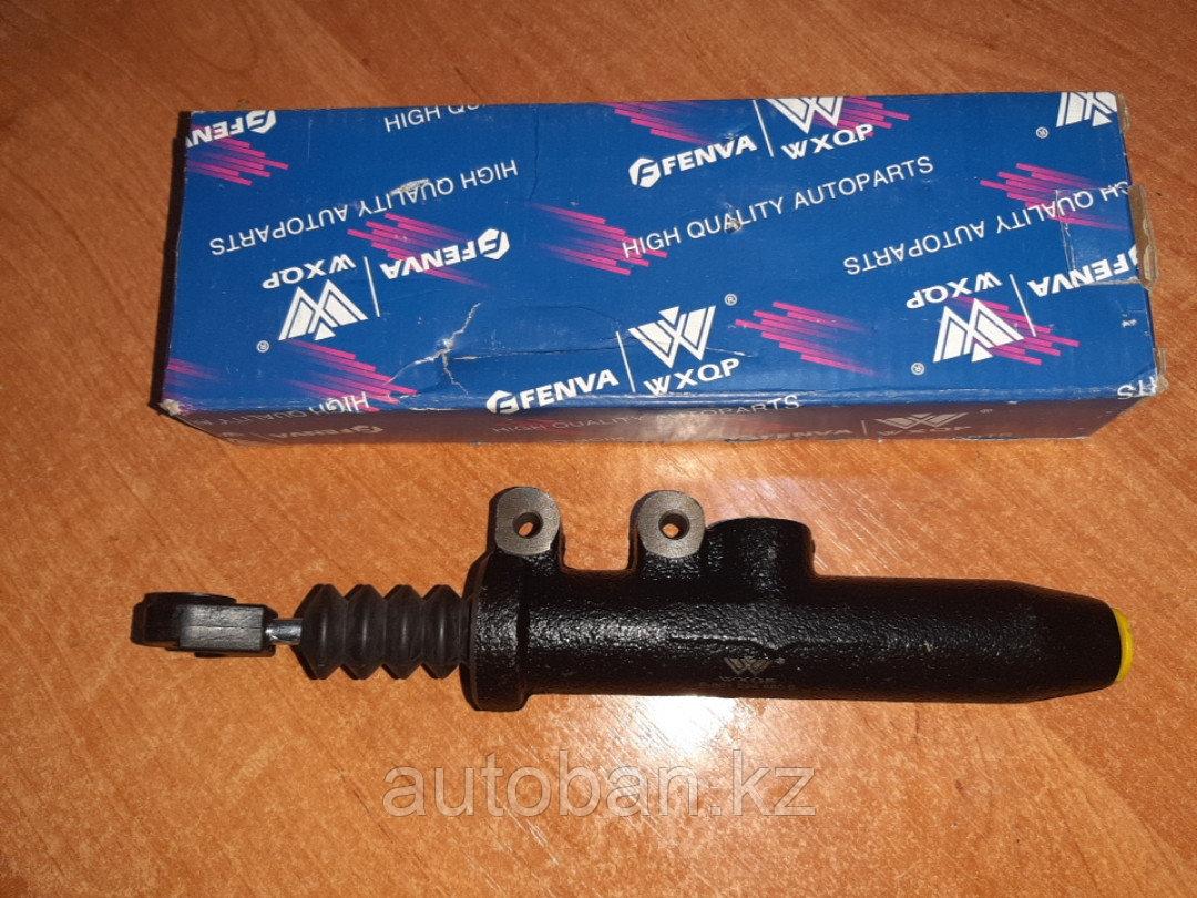 Цилиндр сцепления главный на Мерседес W124