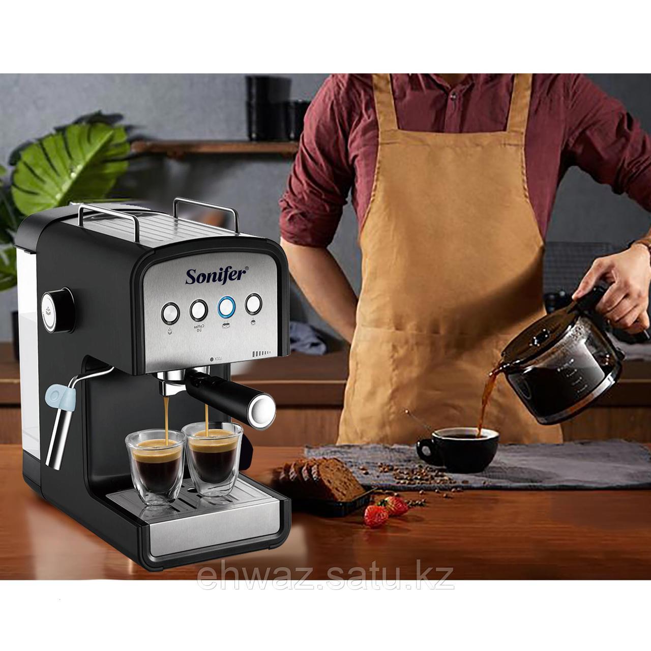 Электрическая кофемашина
