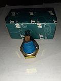 Датчик давление масла синий на Ауди 80/100, Фольксваген Пассат Б3/Б4, Гольф 2/3, фото 2