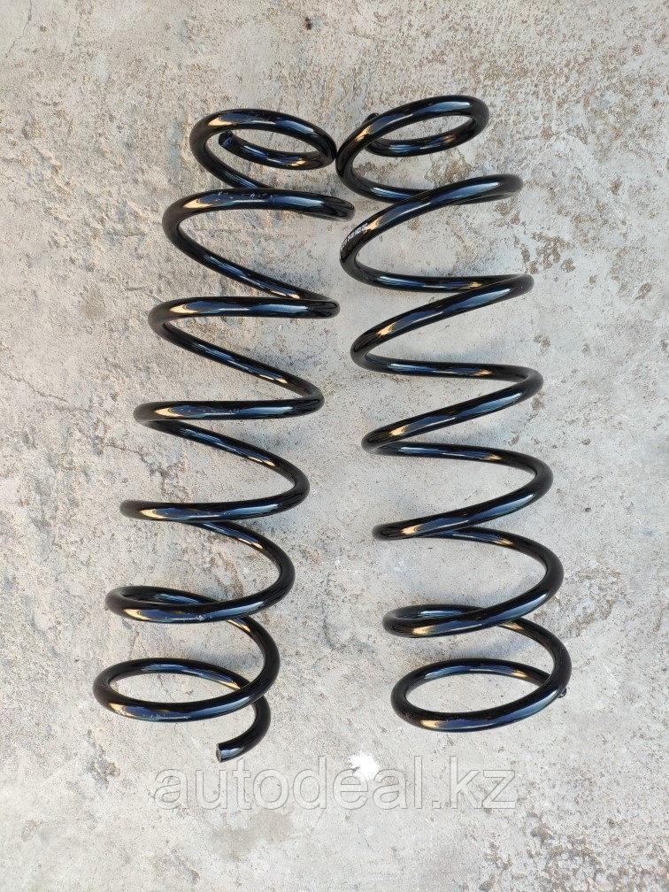 Пружина задняя JAC S3 / Rear shock absorber spring