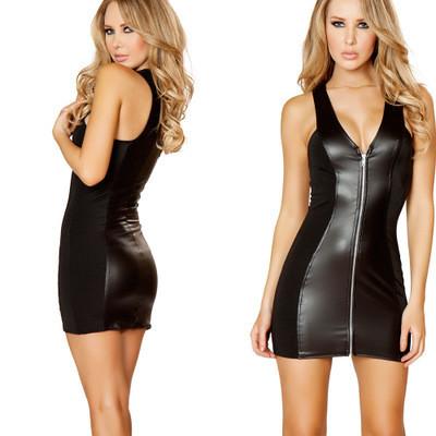 Элегантное платье под кожу.