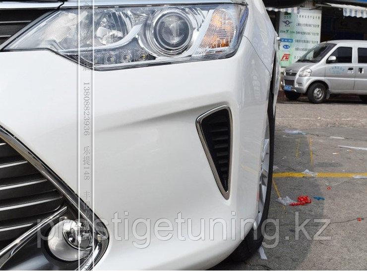Хром оправа на передний заглушки в бампер Camry V55 2014-17