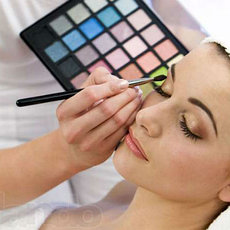 Палитры для макияжа
