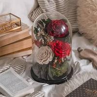 Композиция из стабилизированных роз в коробке