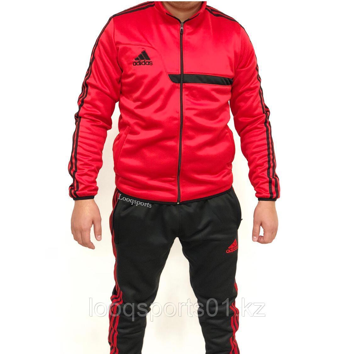 Спортивный костюм Adidas с бесплатной доставкой