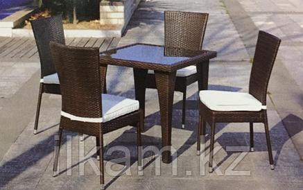 Стол из искусственного ротанга квадратный, фото 2