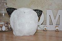 Меховые наушники складные кошки с блестящими черными ушками белые