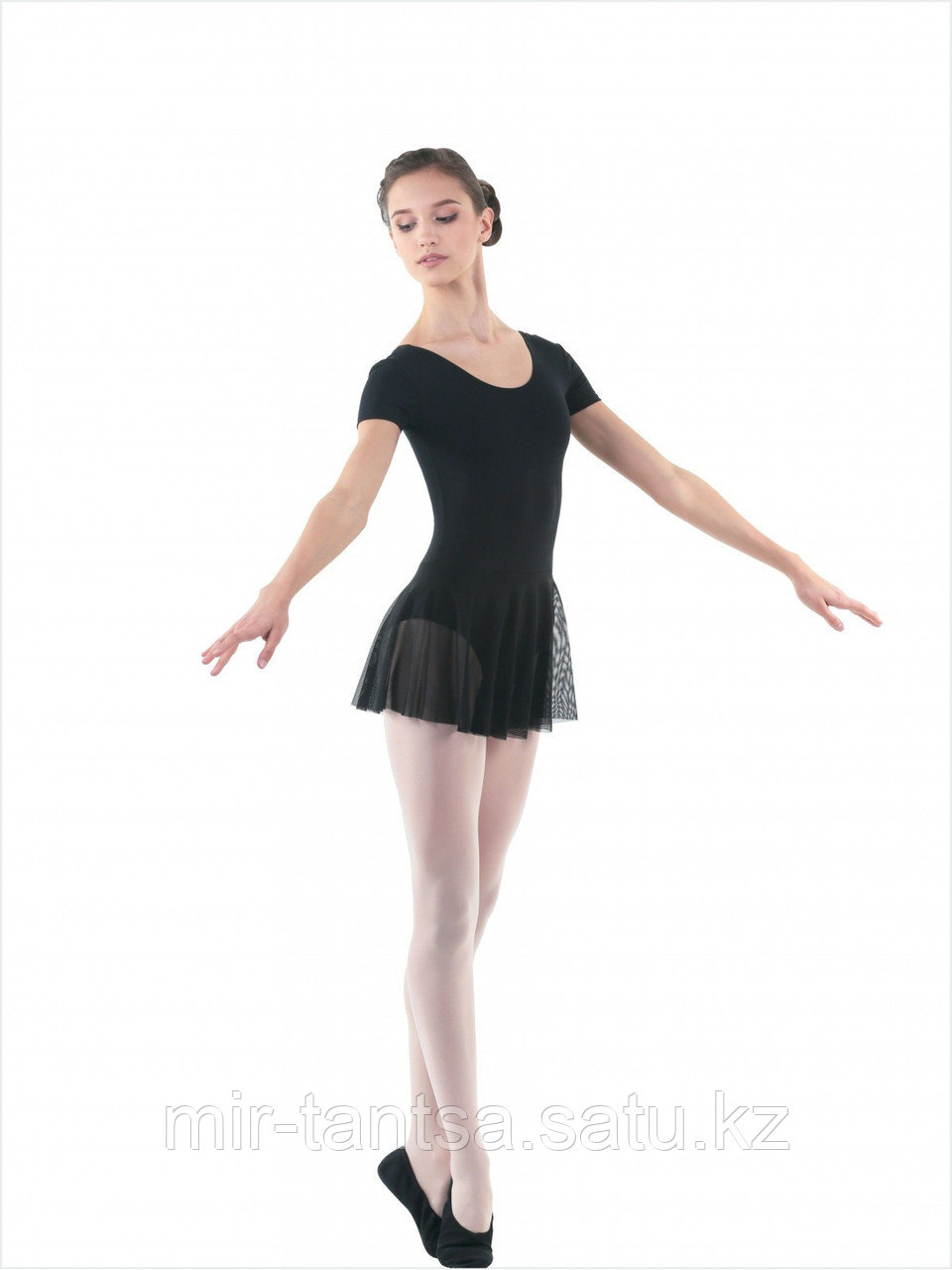 FD961 Купальник для хореографии и танцев белый /черный 32  размер