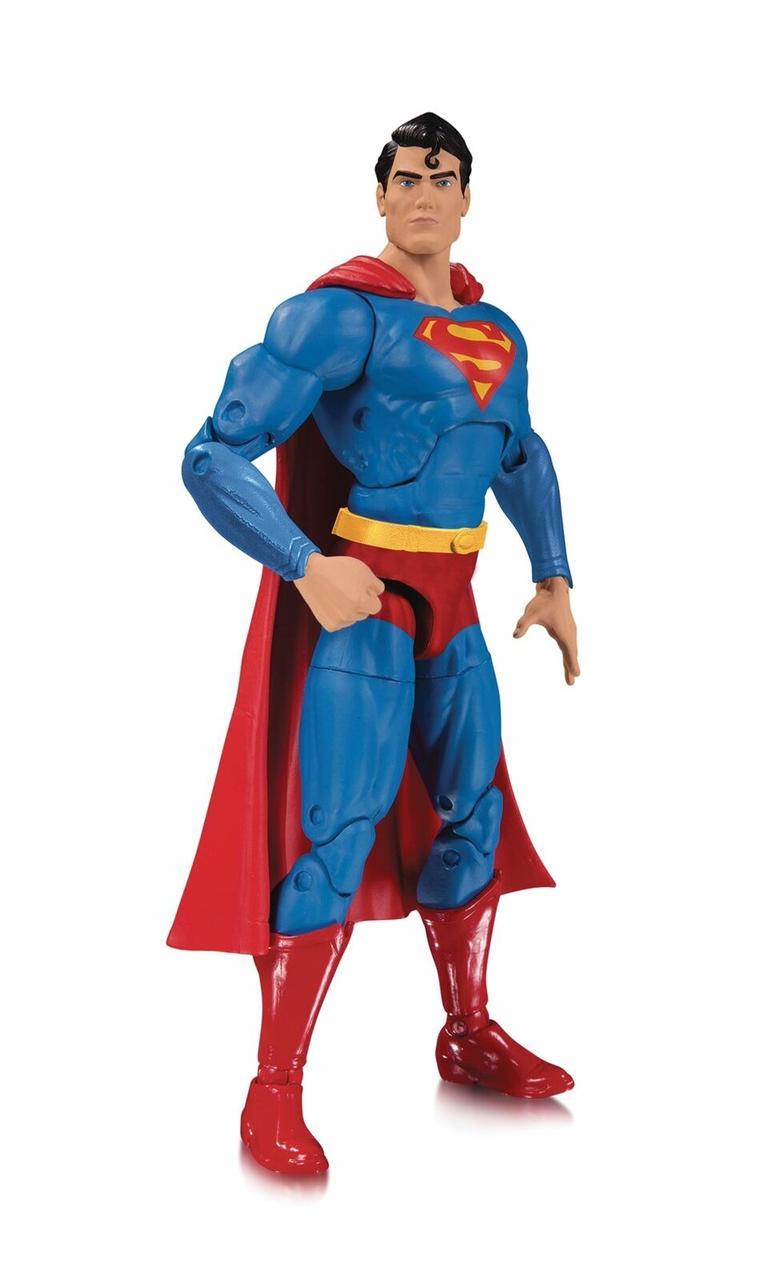 """DC Collectibles """"DC Essentials"""" Фигурка Супермена"""