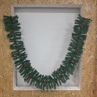 Зеленая хвойная гирлянда (ветка) с шишками, рябиной и эффектом инея - 270 см ( хвоя: плёнка ПВХ)