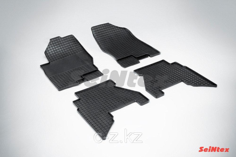 Резиновые коврики для Nissan Pathfinder III 2004-н.в.