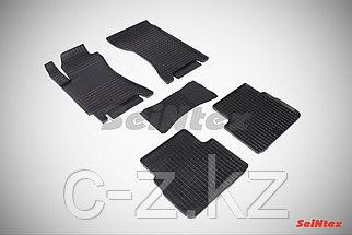 Резиновые коврики для Subaru Forester II 2002-2008