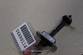 96548021 Ограничитель двери передней для Chevrolet Lacetti 2003-2013 Б/У