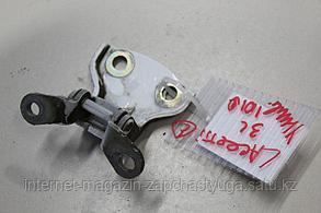 96983381 Петля двери задней левой верхняя для Chevrolet Lacetti 2003-2013 Б/У